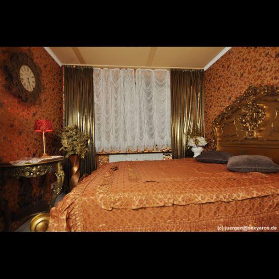 http://franzis-haus.de/images/ambiente_image